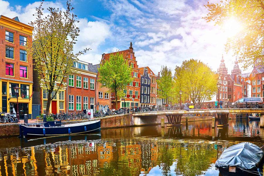 معرفی چیزهایی که آمستردام را به بهشت اروپا تبدیل می کند