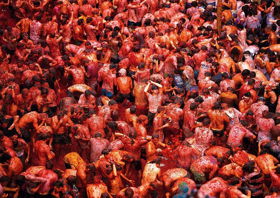 جشن پرتاب گوجه فرنگی اسپانیا