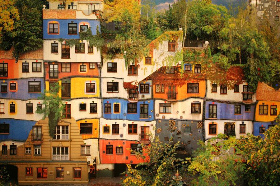 ساختمان خانه هاندرتواسر: