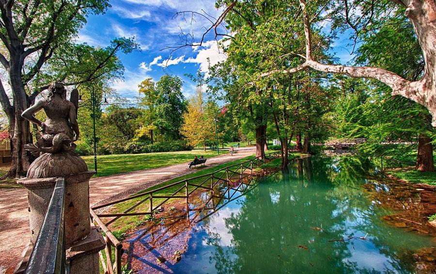 پارک سمپیونه در شهر میلان ایتالیا