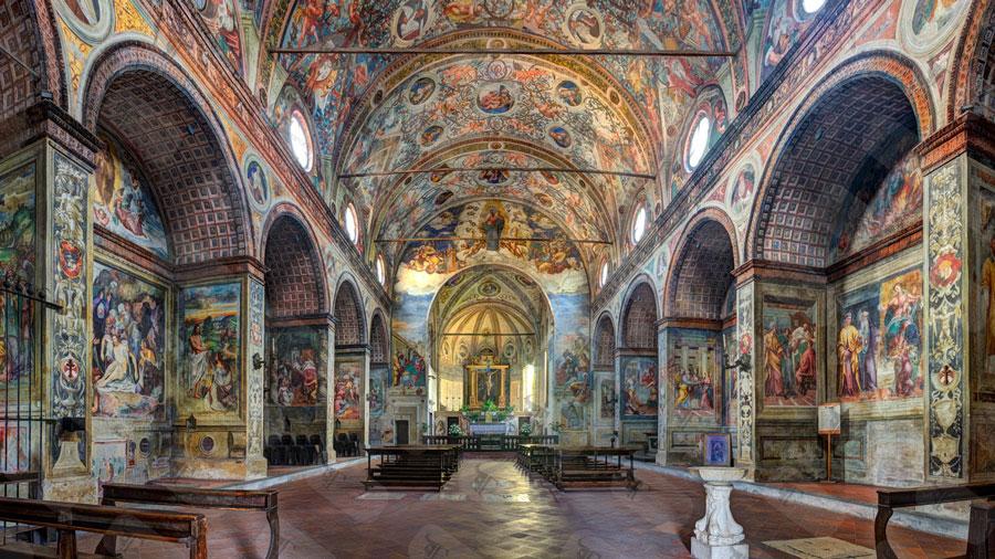 نمای داخلی کلیسای سانتا ماریا دله گرتزیه