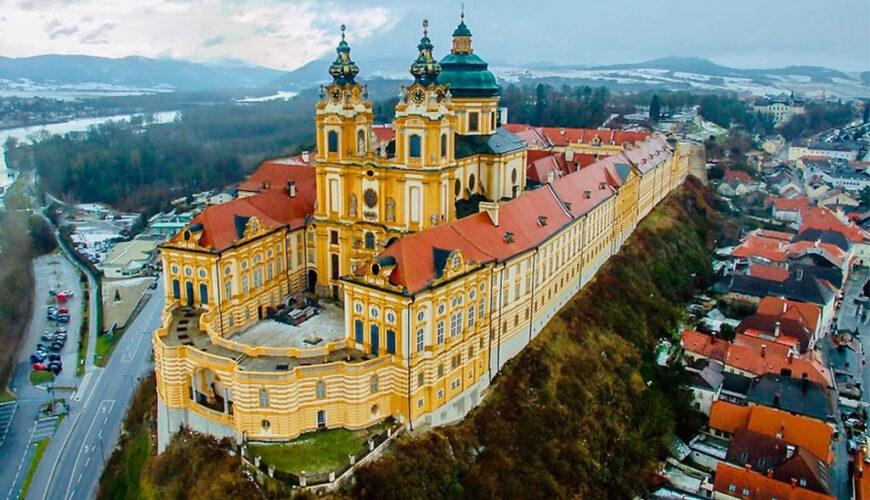 جاذبه گردشگری صومعه واقع در کشور اتریش