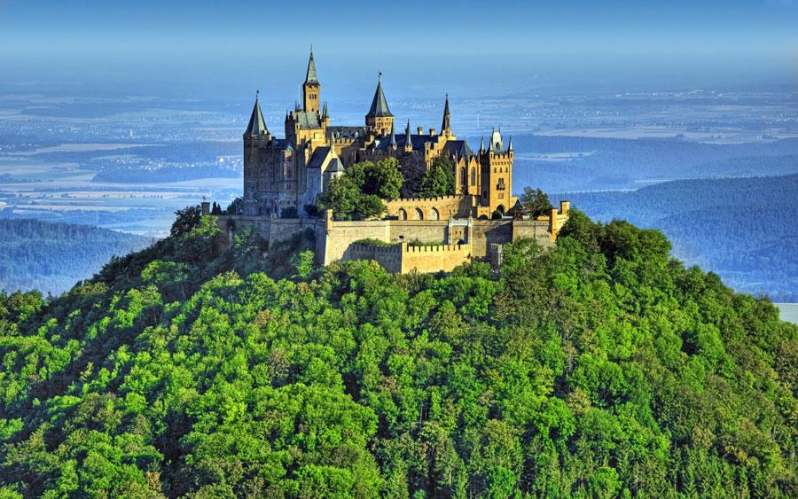 قلعه قرون وسطایی اتریش