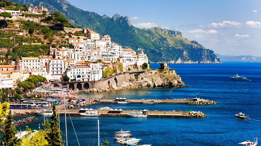 سواحل دریای مدیترانه ایتالیا